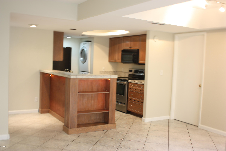 Photo of 1333 E MORTEN Avenue #135, Phoenix, AZ 85020