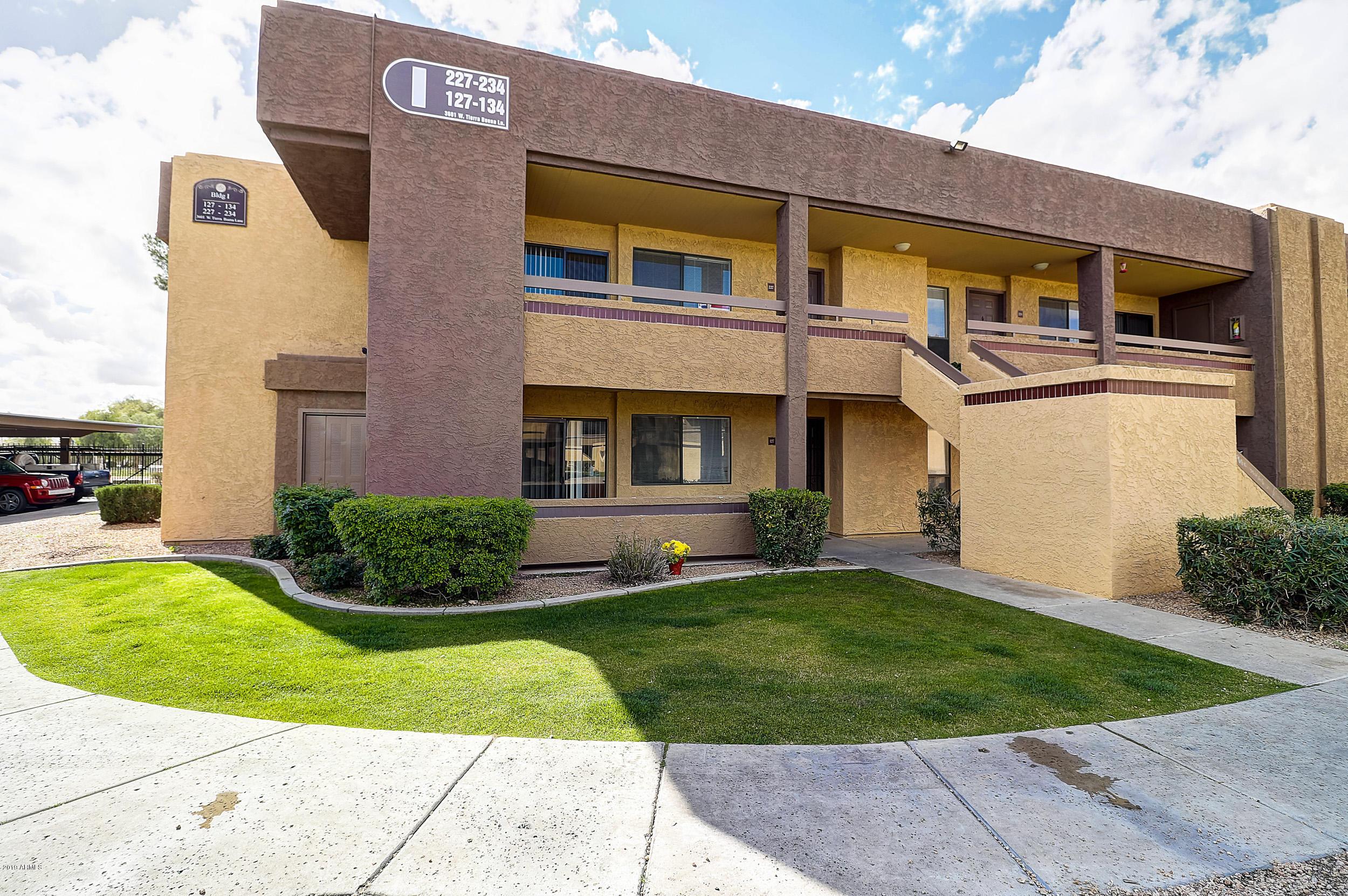Photo of 3601 W TIERRA BUENA Lane #I227, Phoenix, AZ 85053