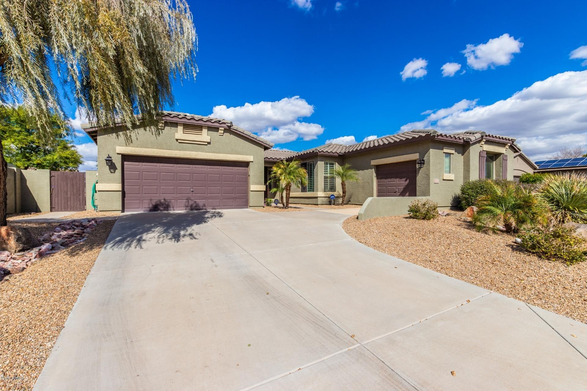 Photo of 3112 E Canyon Way, Chandler, AZ 85249