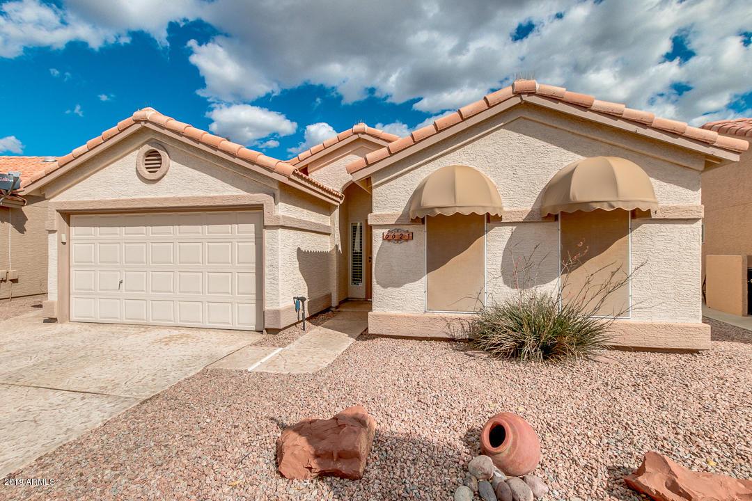 Photo of 6621 S OAKMONT` Drive, Chandler, AZ 85249
