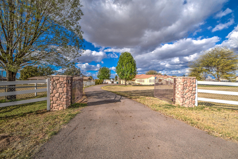Photo of 14030 E OCOTILLO Road, Chandler, AZ 85249