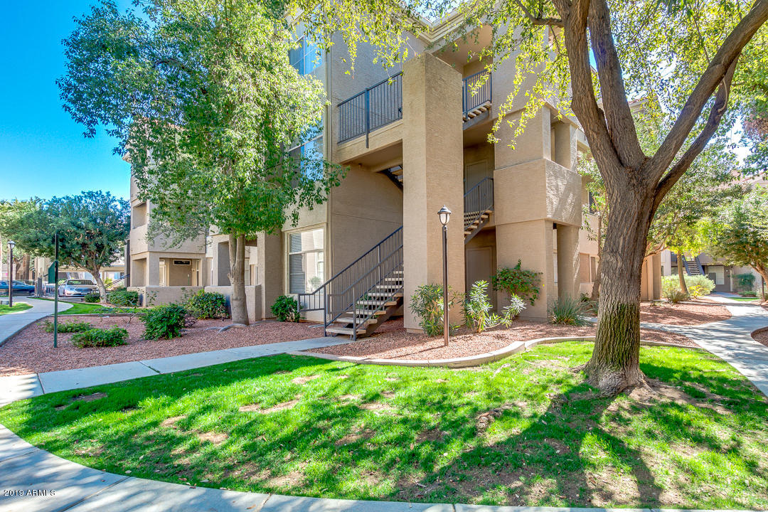 Photo of 3830 E LAKEWOOD Parkway #1078, Phoenix, AZ 85048