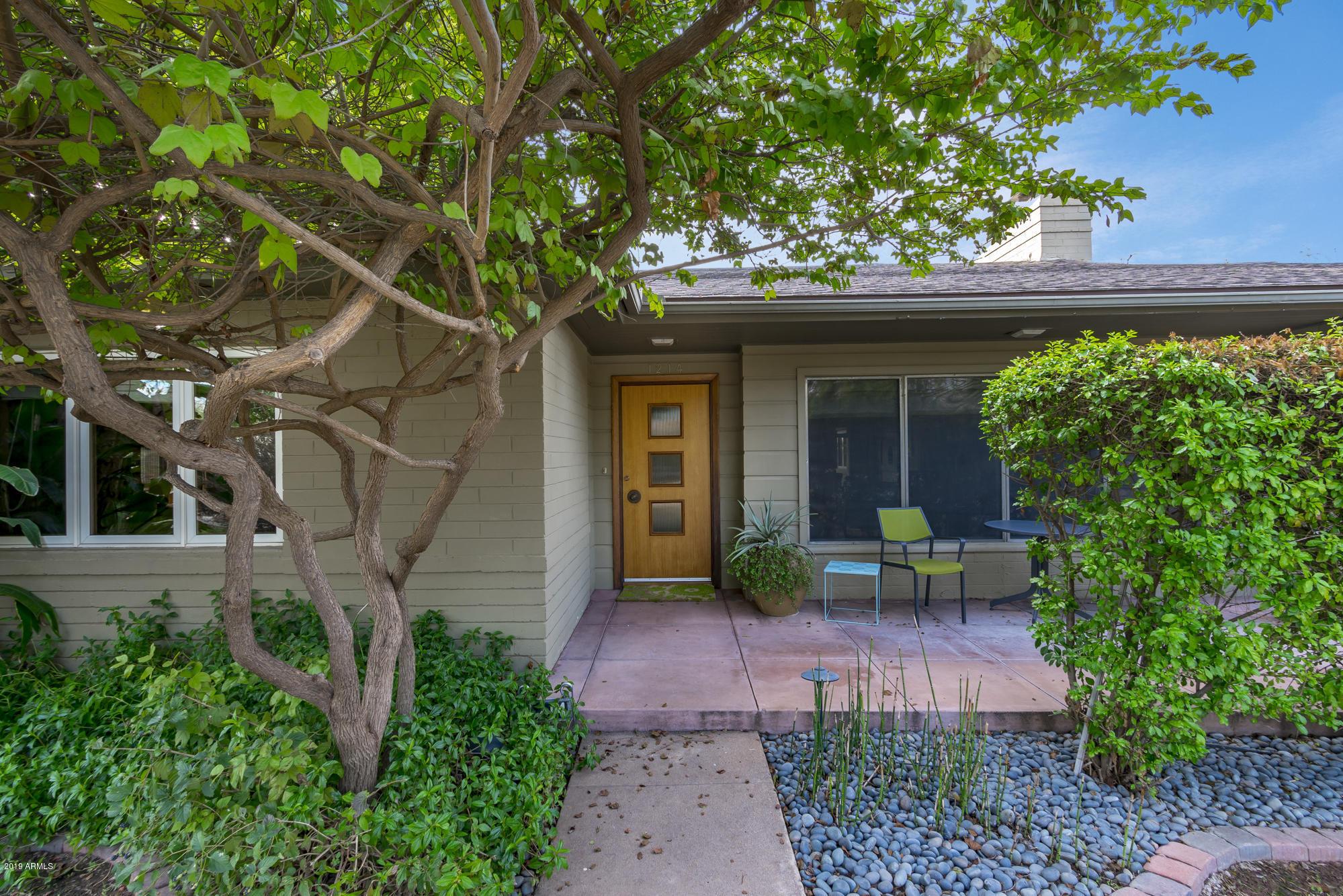 Photo of 1214 S MAPLE Avenue, Tempe, AZ 85281