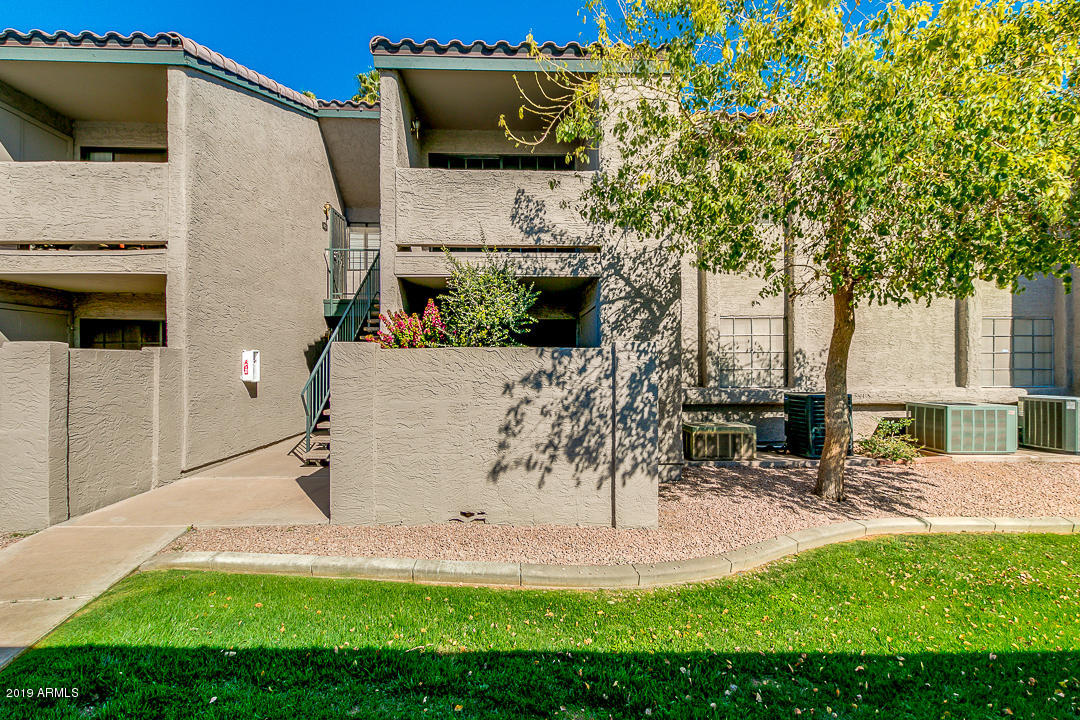 Photo of 533 W GUADALUPE Road #1031, Mesa, AZ 85210