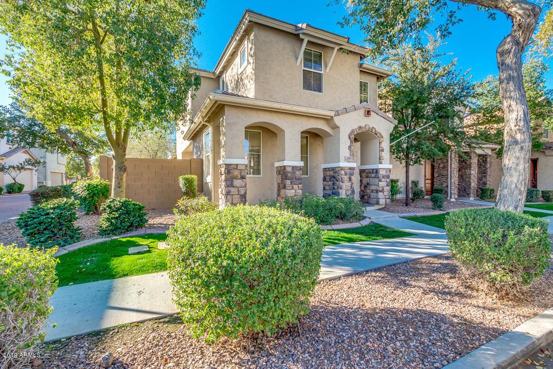 Photo of 10053 E ISLETA Avenue, Mesa, AZ 85209
