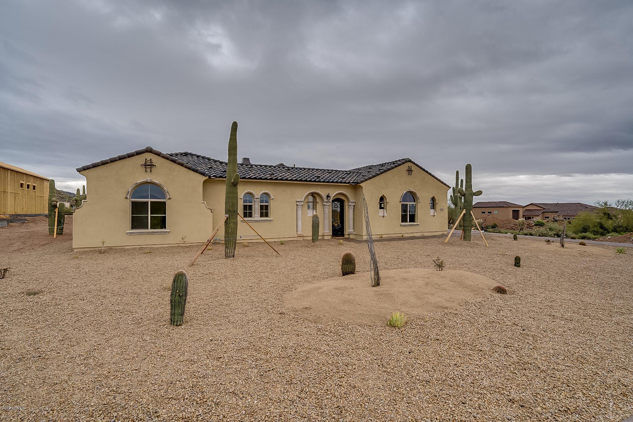 Photo of 2639 N BRICE Circle, Mesa, AZ 85207