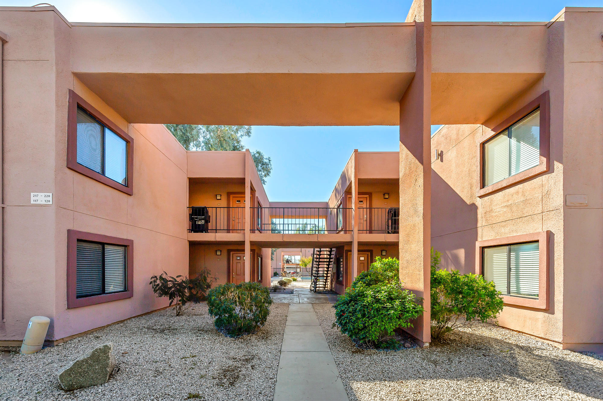 Photo of 330 S Beck Avenue, Tempe, AZ 85281
