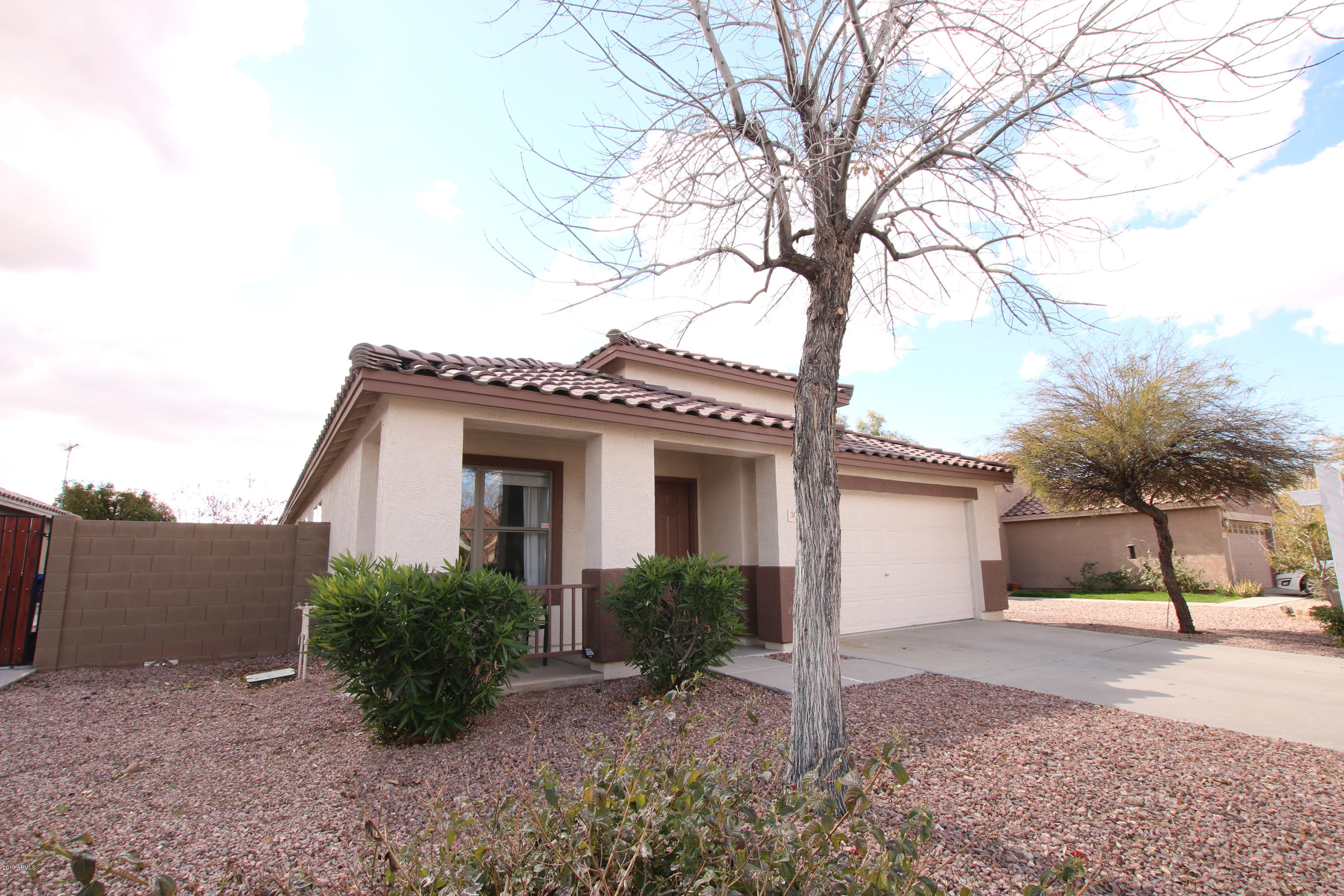 Photo of 3039 W ROBERTA Drive, Phoenix, AZ 85083