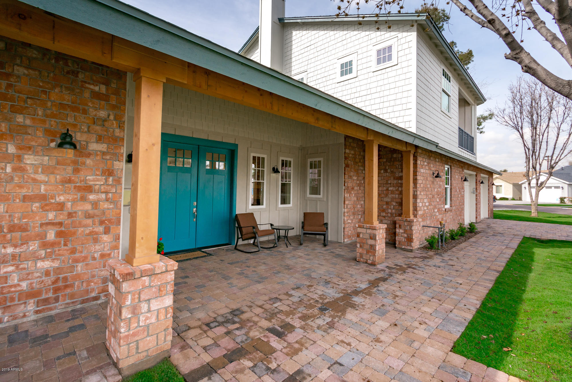 3307 E SELLS Drive, Phoenix AZ 85018