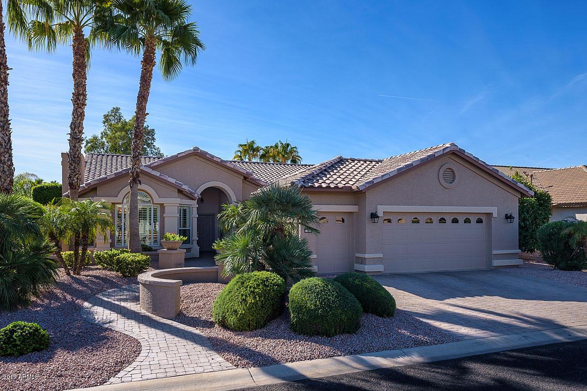 Photo of 15903 W EDGEMONT Avenue, Goodyear, AZ 85395