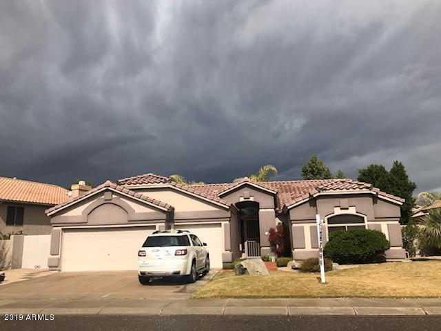 Photo of 7032 W LONE CACTUS Drive, Glendale, AZ 85308