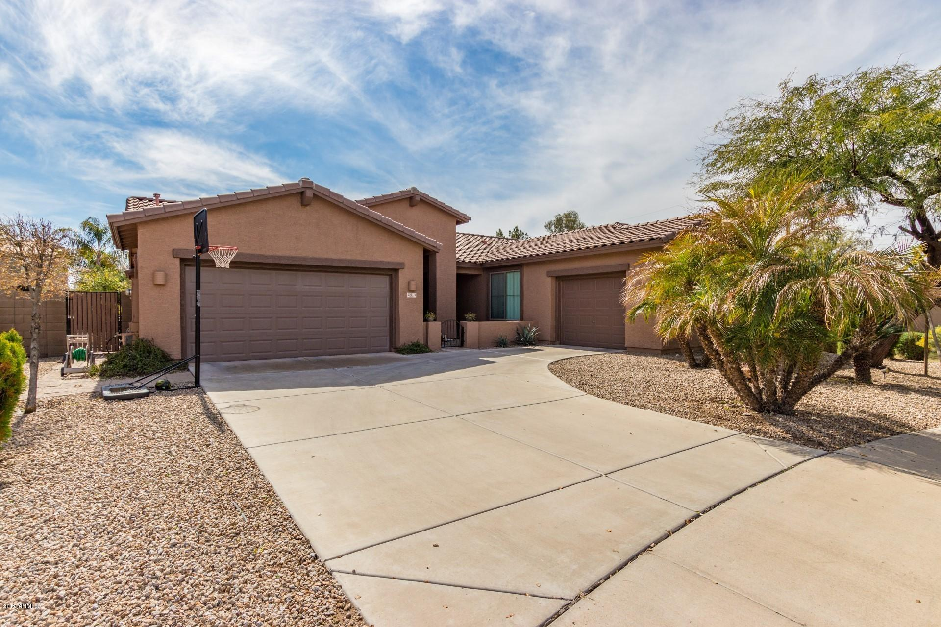 Photo of 2513 E ZION Way, Chandler, AZ 85249