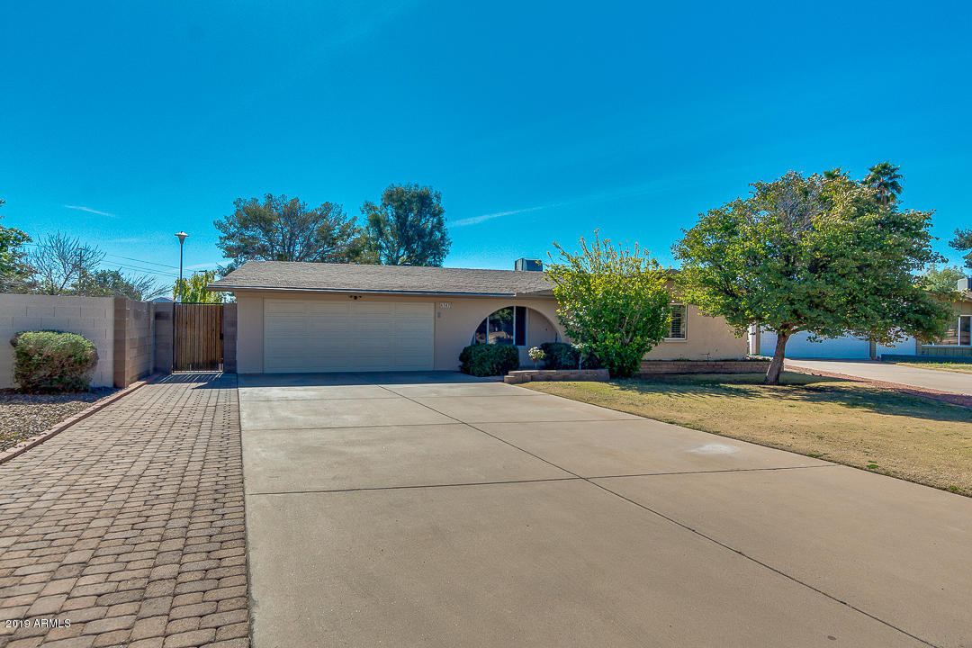 Photo of 4347 W SANDRA Circle, Glendale, AZ 85308