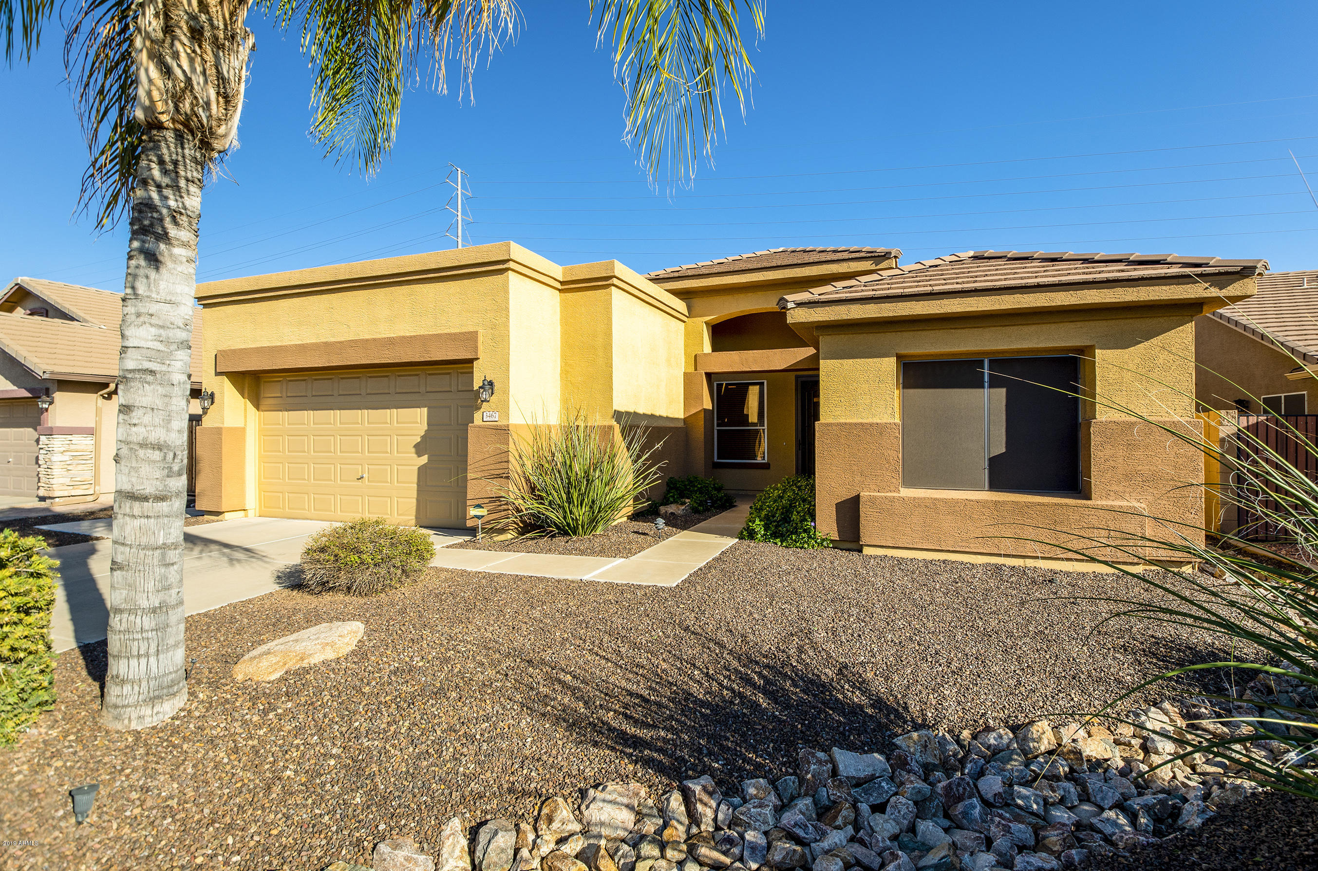 Photo of 3467 S JOSHUA TREE Lane, Gilbert, AZ 85297