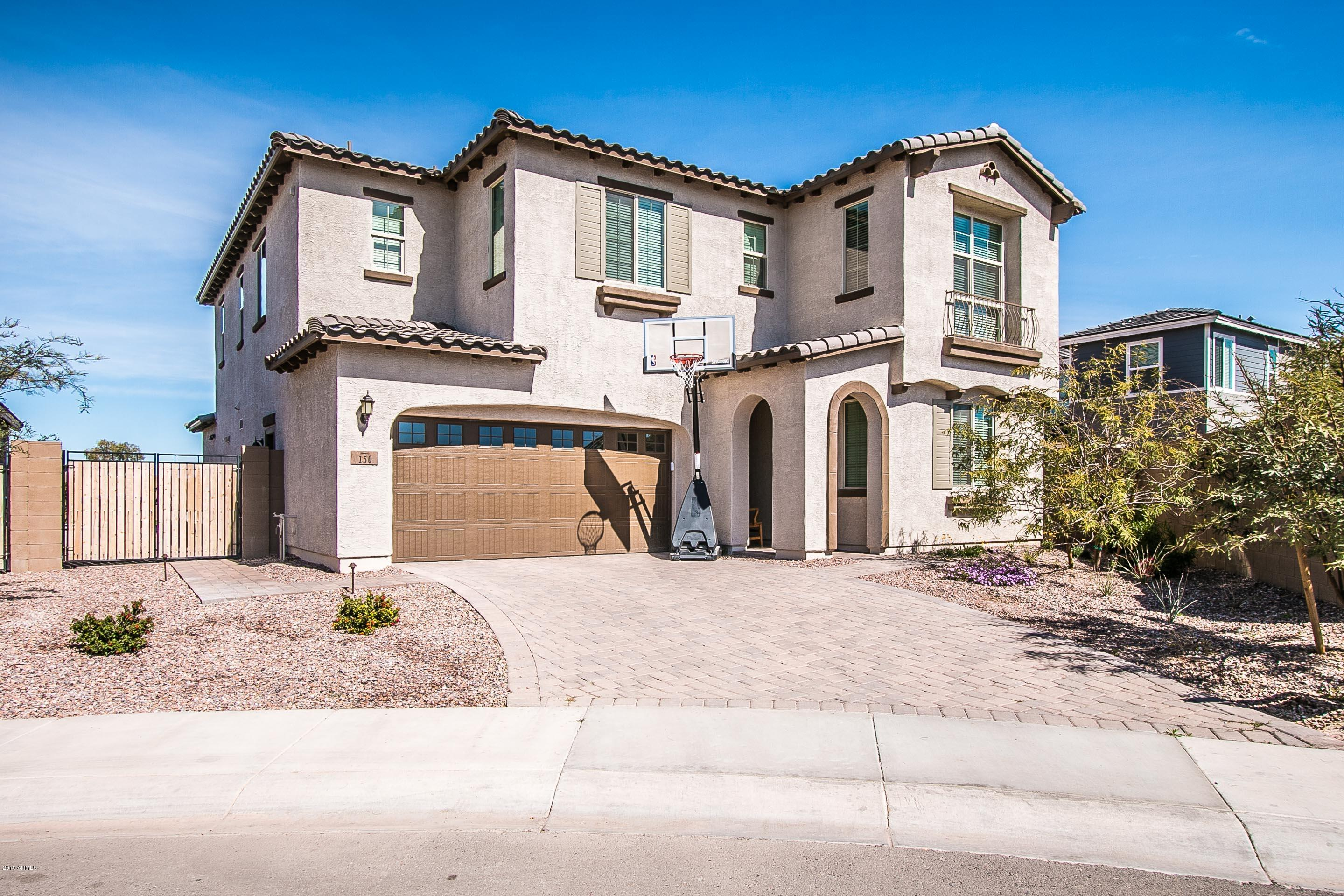 Photo of 150 E HONEYSUCKLE Place, Chandler, AZ 85286