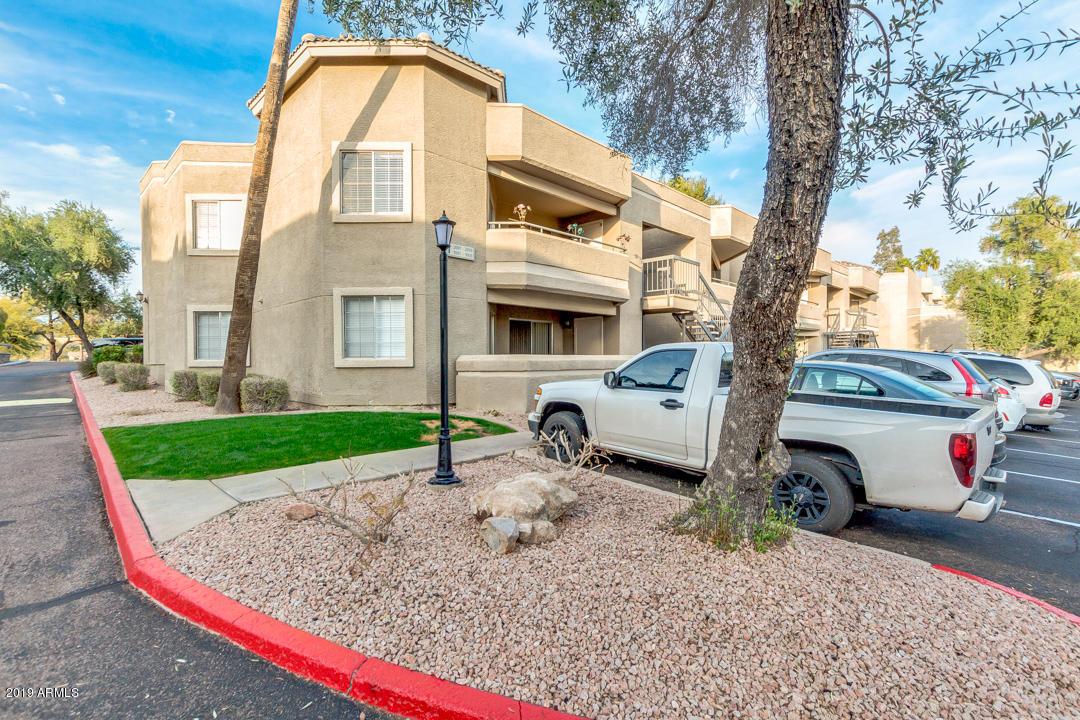 Photo of 1720 E THUNDERBIRD Road #1002, Phoenix, AZ 85022