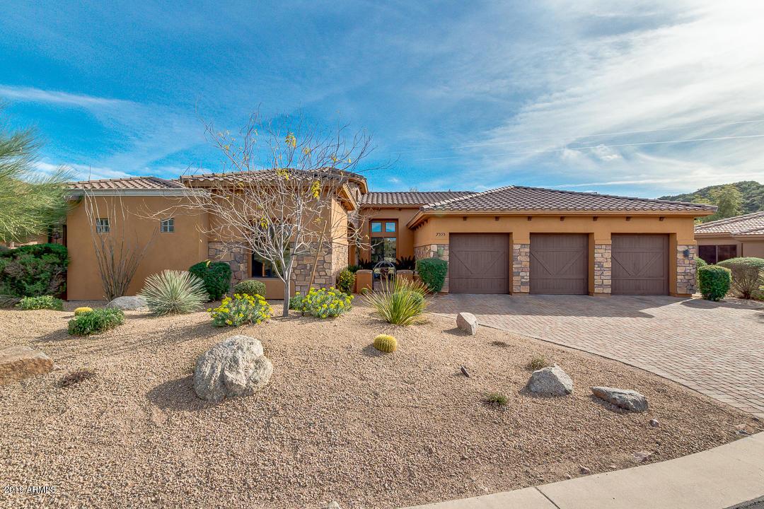 Photo of 7353 E SUGARLOAF Street, Mesa, AZ 85207