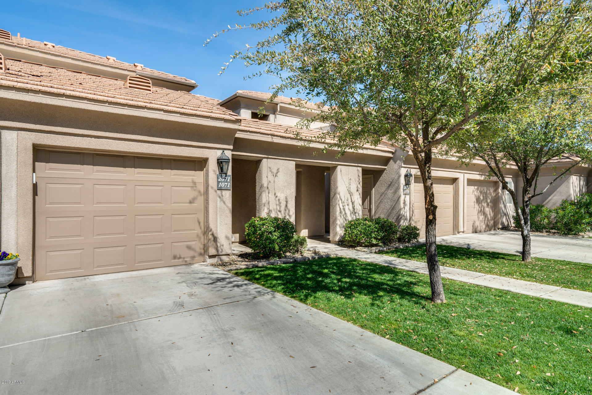 Photo of 7401 W ARROWHEAD CLUBHOUSE Drive #2071, Glendale, AZ 85308