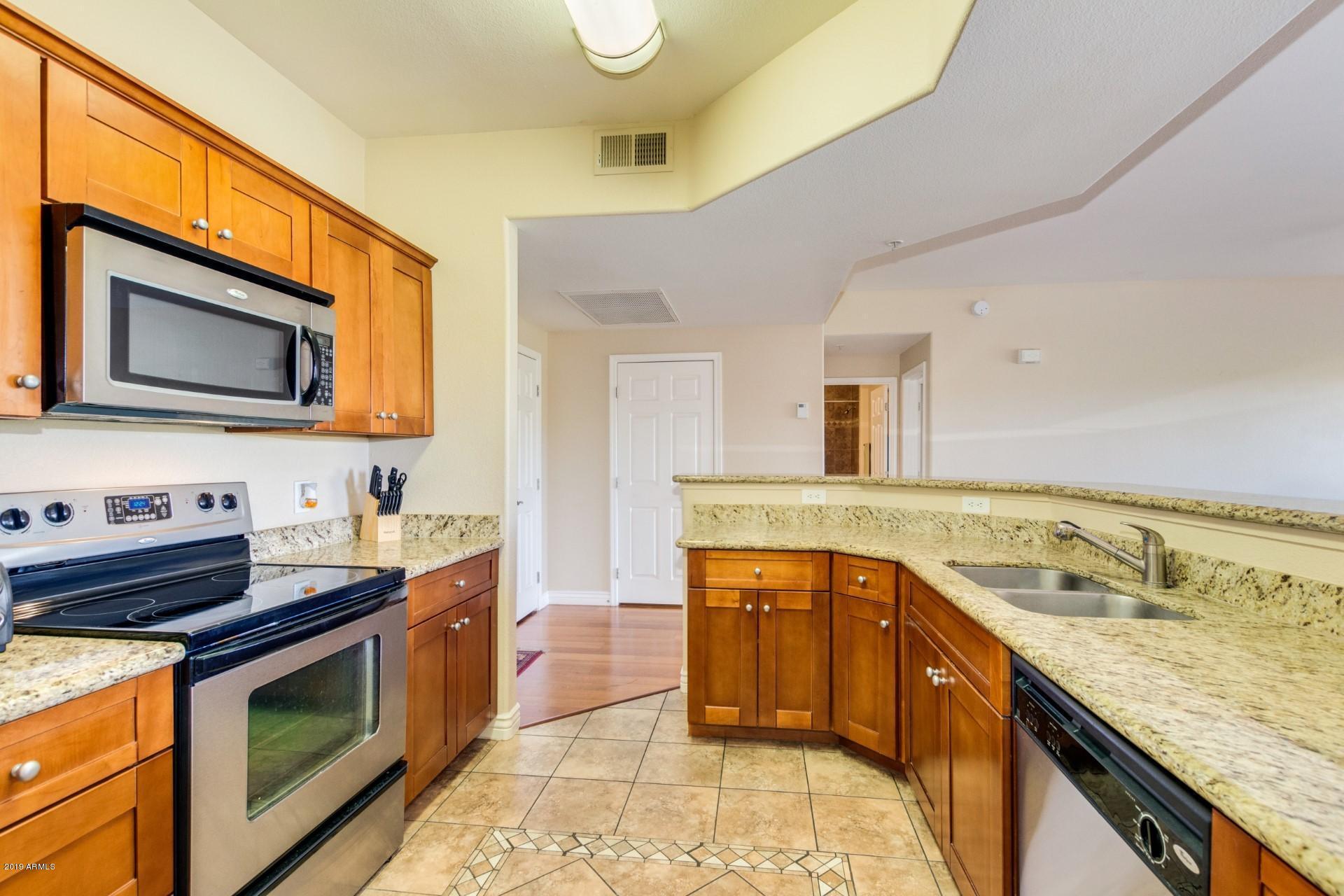 Photo of 13700 N FOUNTAIN HILLS Boulevard #127, Fountain Hills, AZ 85268