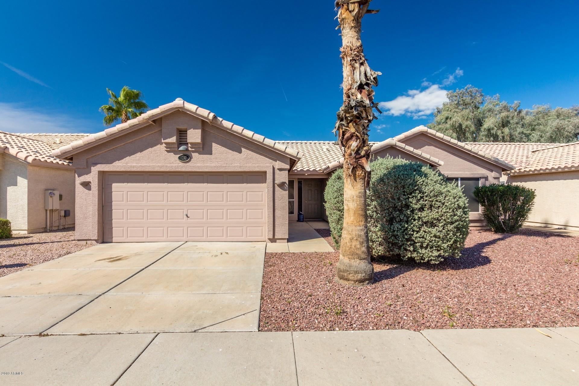 Photo of 1292 N BOGLE Avenue, Chandler, AZ 85225
