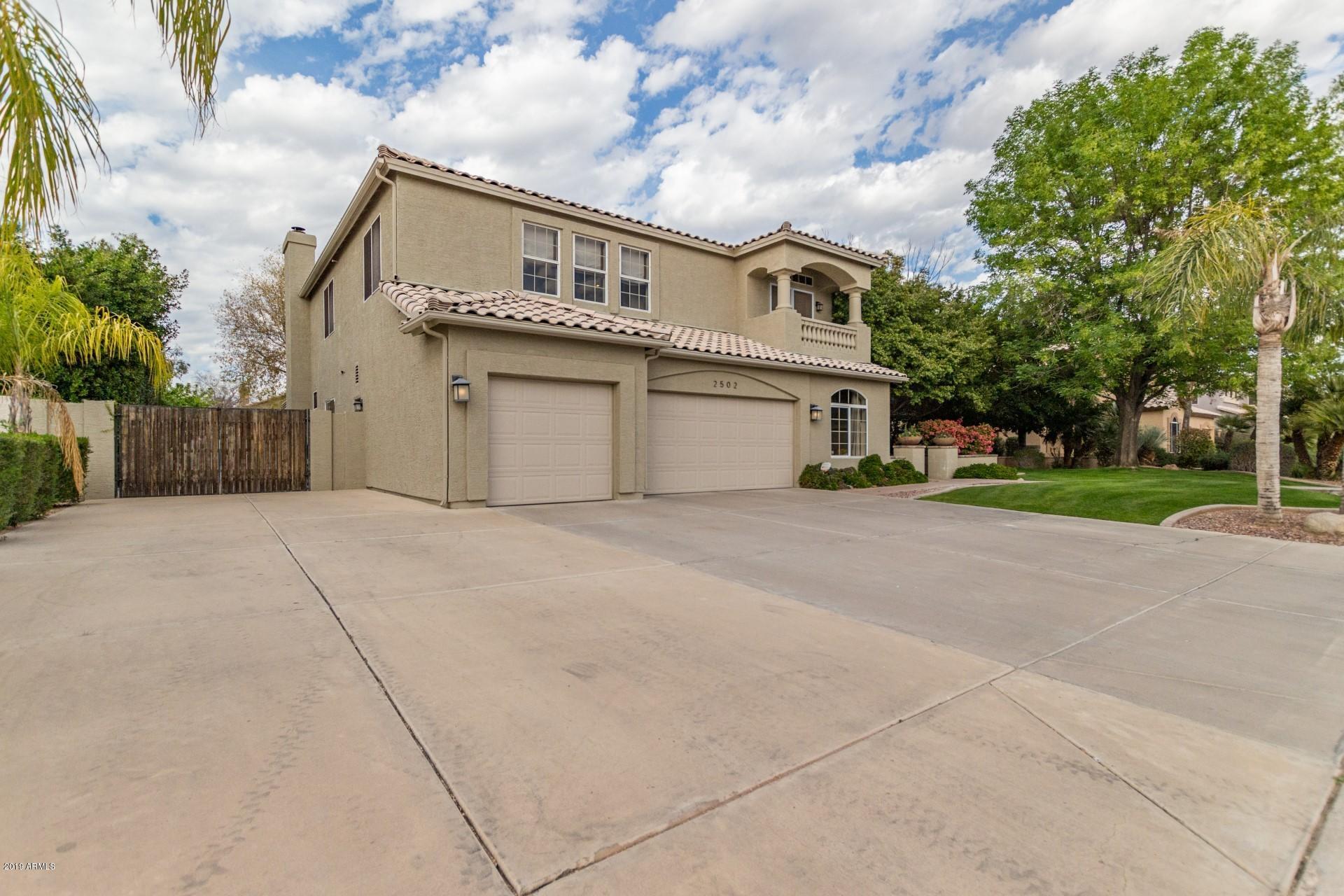 Photo of 2502 E ENCINAS Avenue, Gilbert, AZ 85234