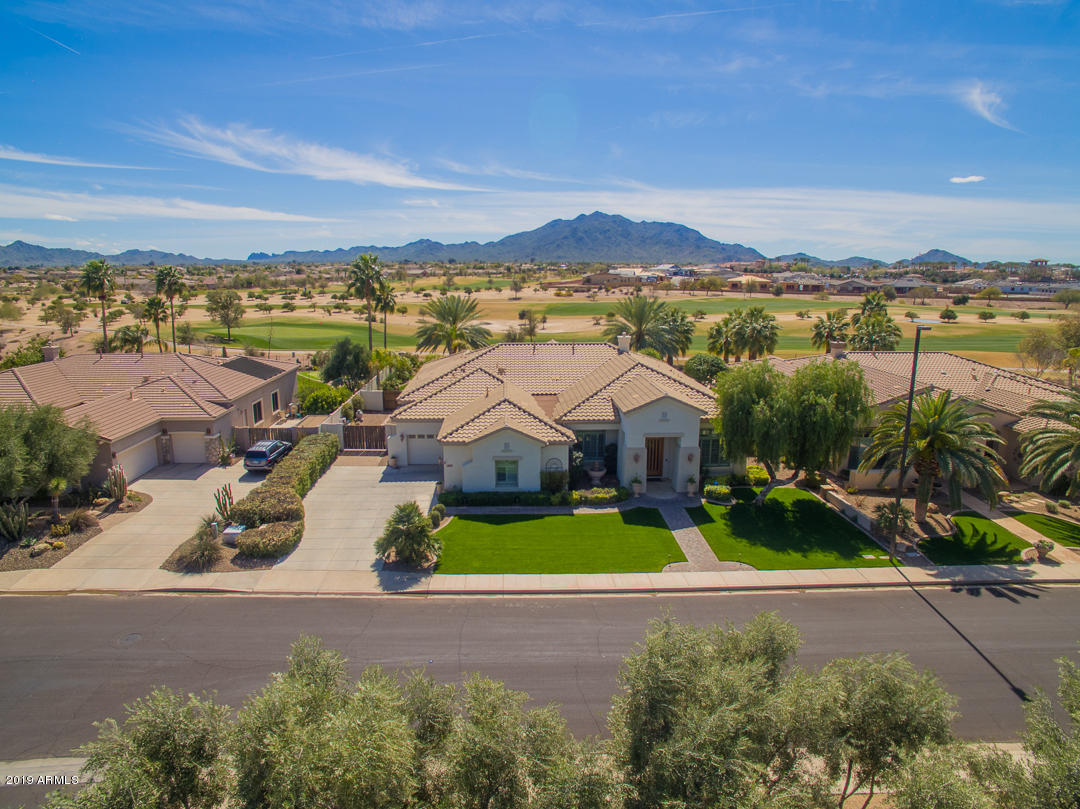 MLS 5893556 4053 E MEADOWVIEW Drive, Gilbert, AZ 85298 Gilbert AZ Golf