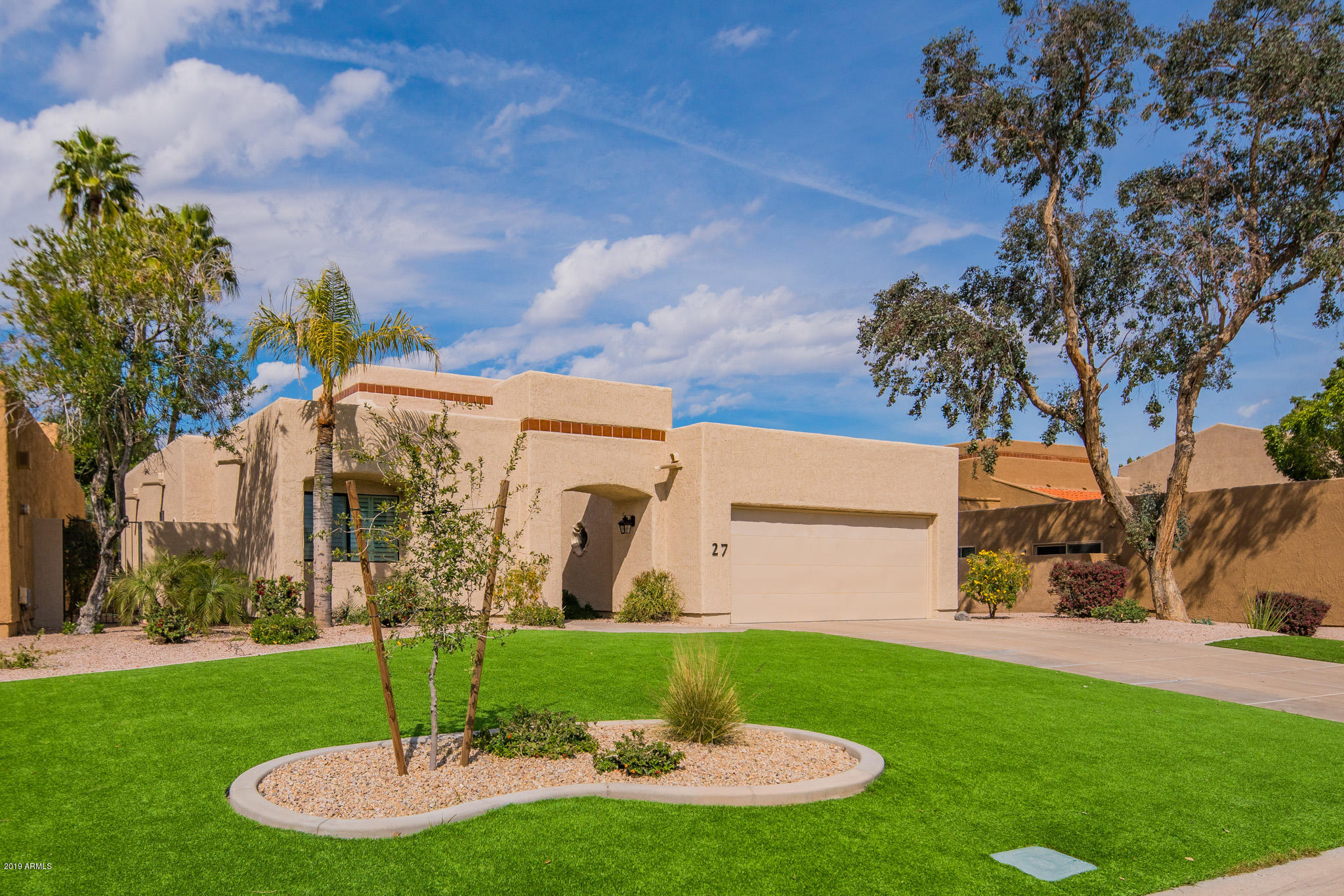 Photo of 2626 E ARIZONA BILTMORE Circle #27, Phoenix, AZ 85016