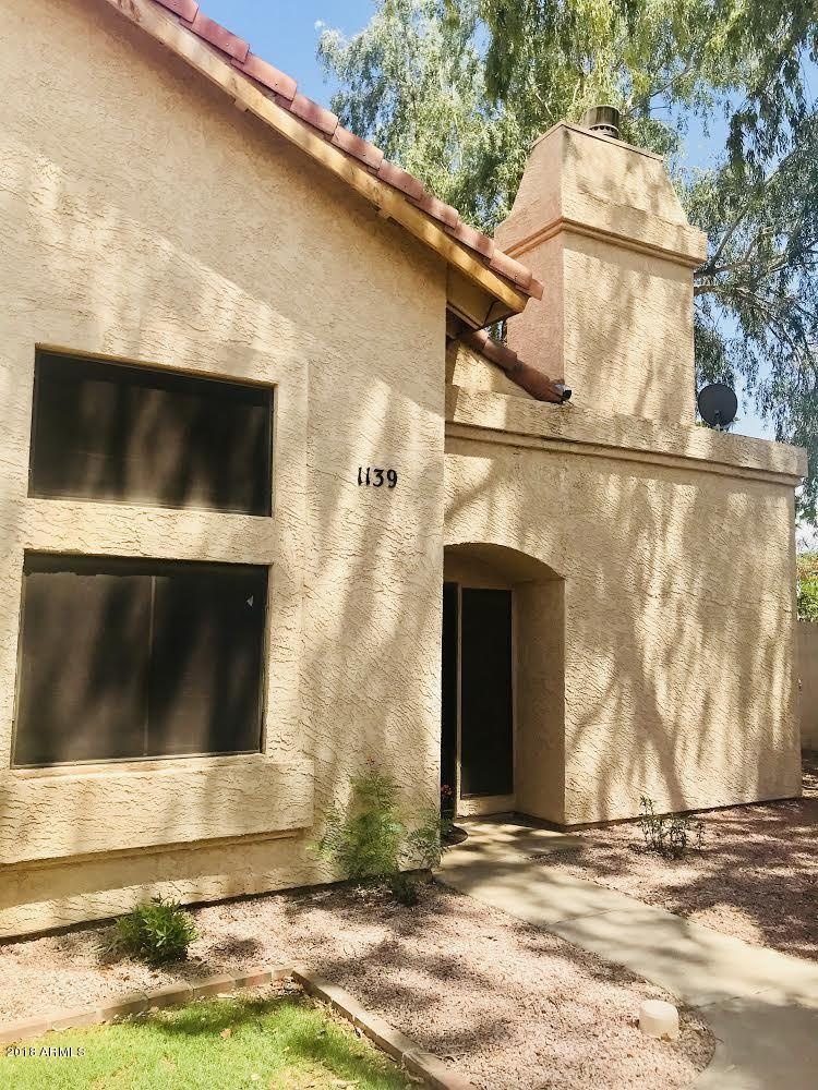 Photo of 2019 W LEMON TREE Place #1139, Chandler, AZ 85224