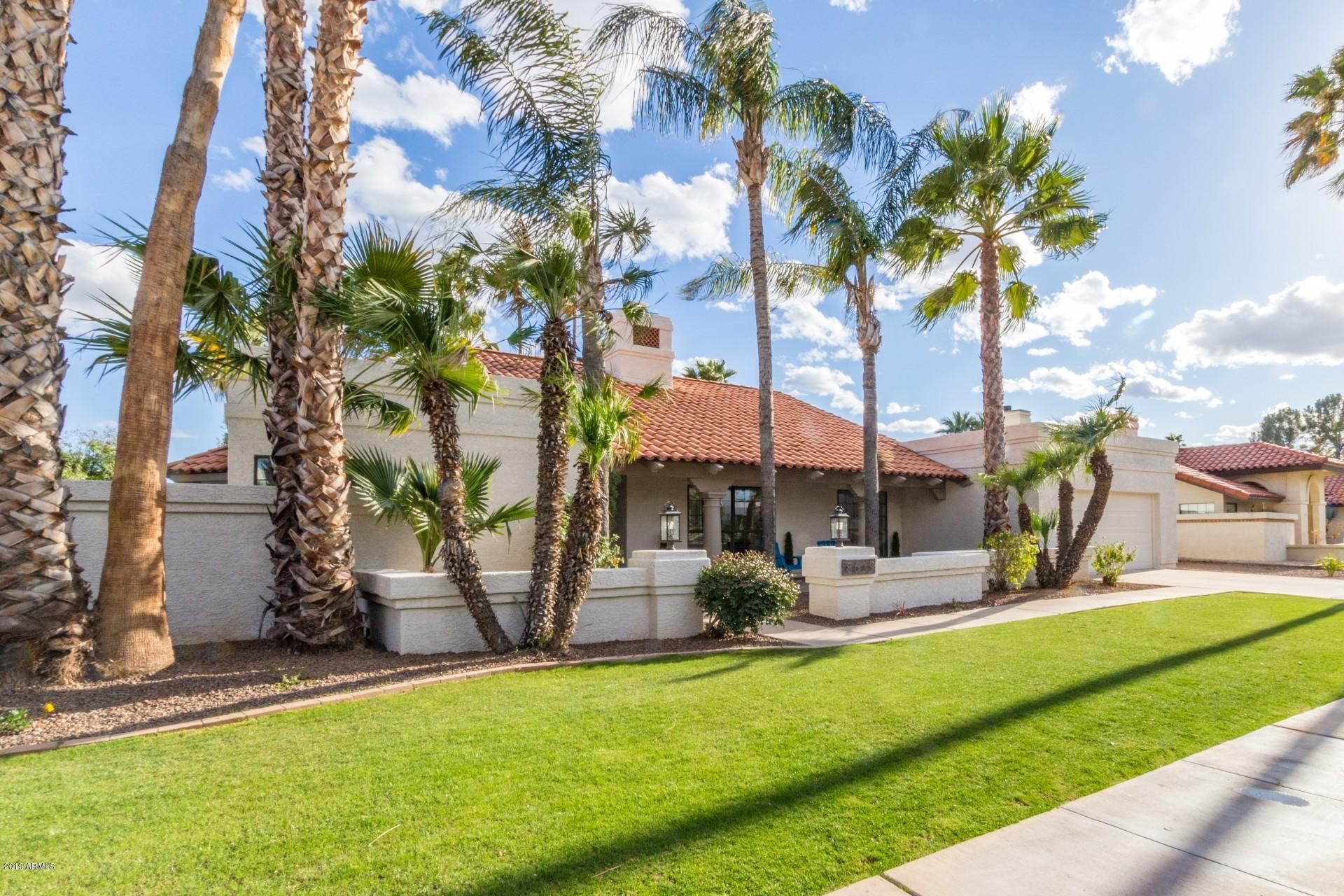 Photo of 8619 E SAN LORENZO Drive, Scottsdale, AZ 85258