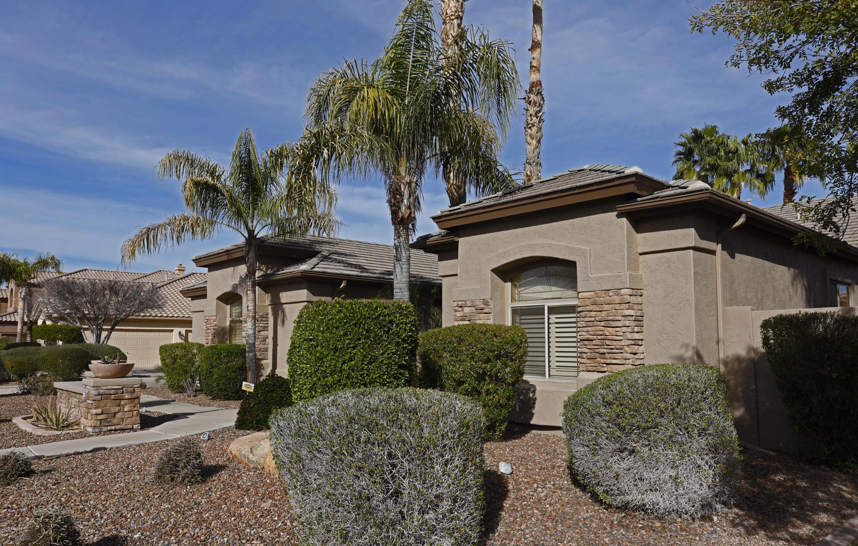 Photo of 1641 S CARRIAGE Lane, Chandler, AZ 85286