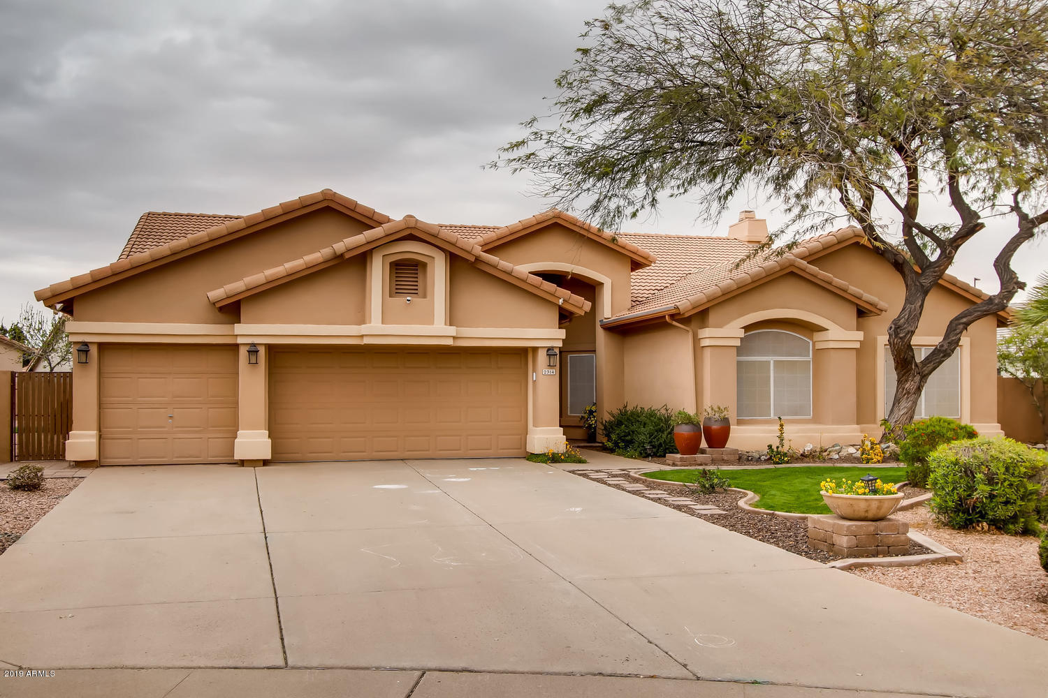 Photo of 2314 E TAHITIAN Way, Gilbert, AZ 85234