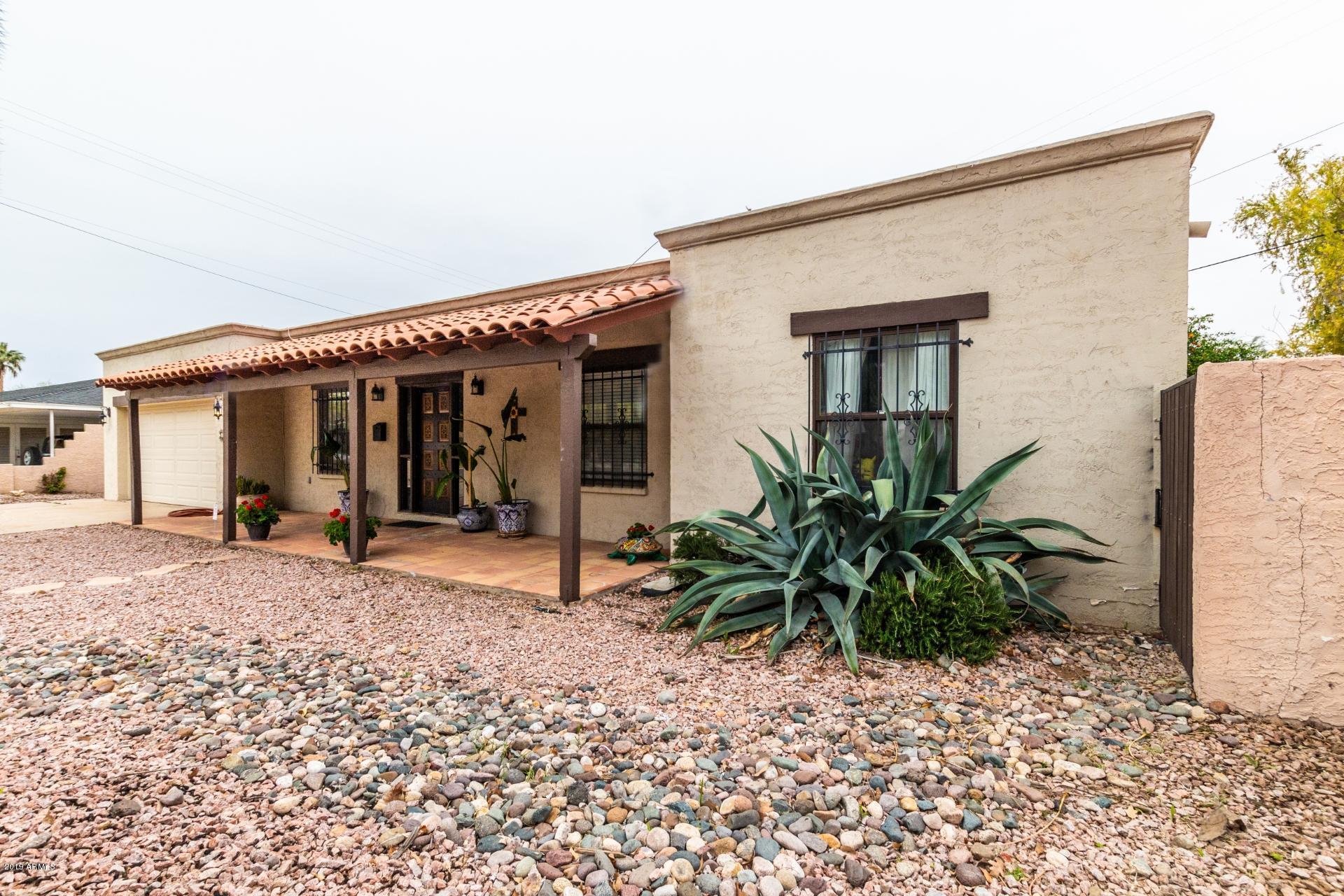 Photo of 356 E ORANGE Drive, Phoenix, AZ 85012