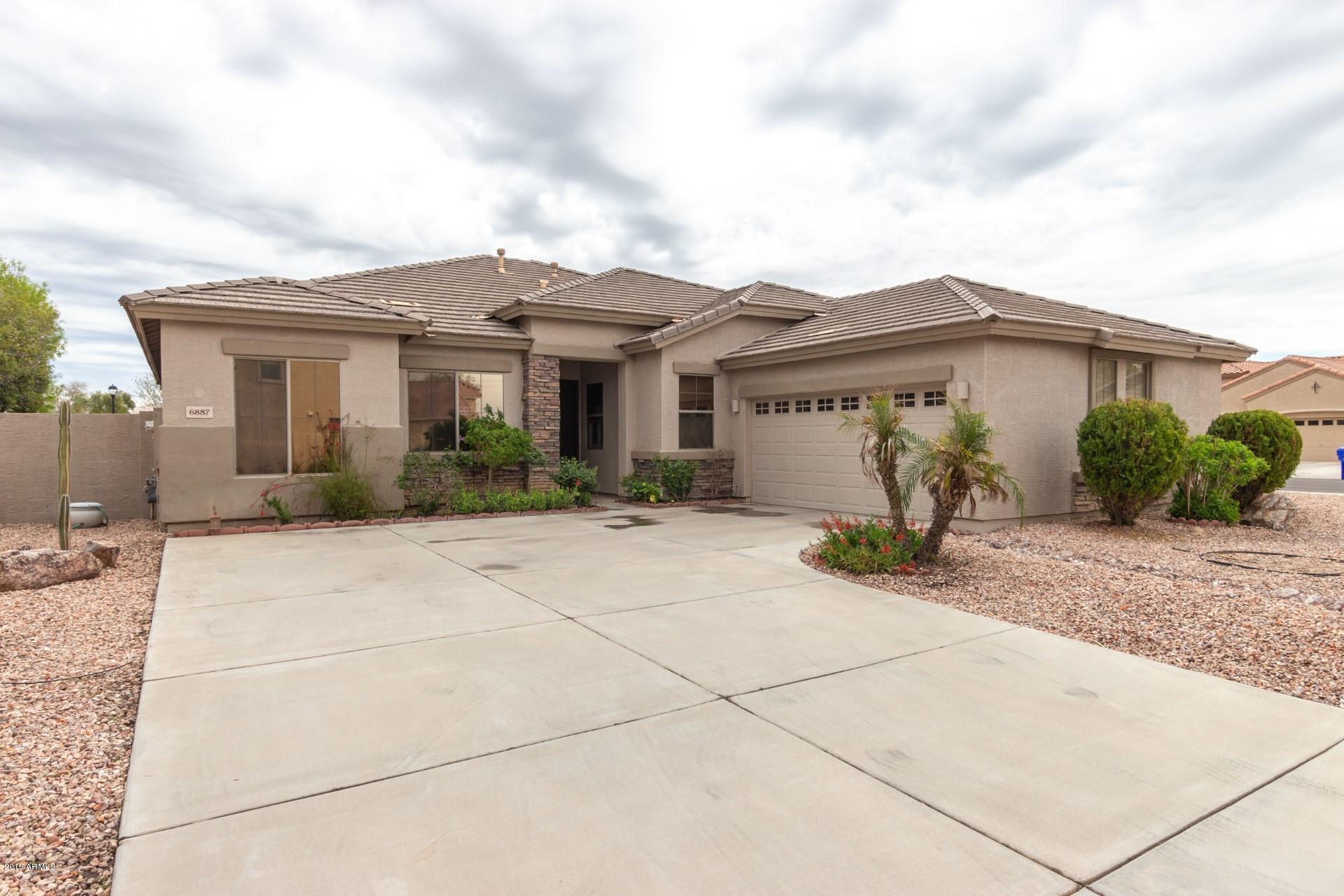 Photo of 6887 S TERESA Drive, Chandler, AZ 85249