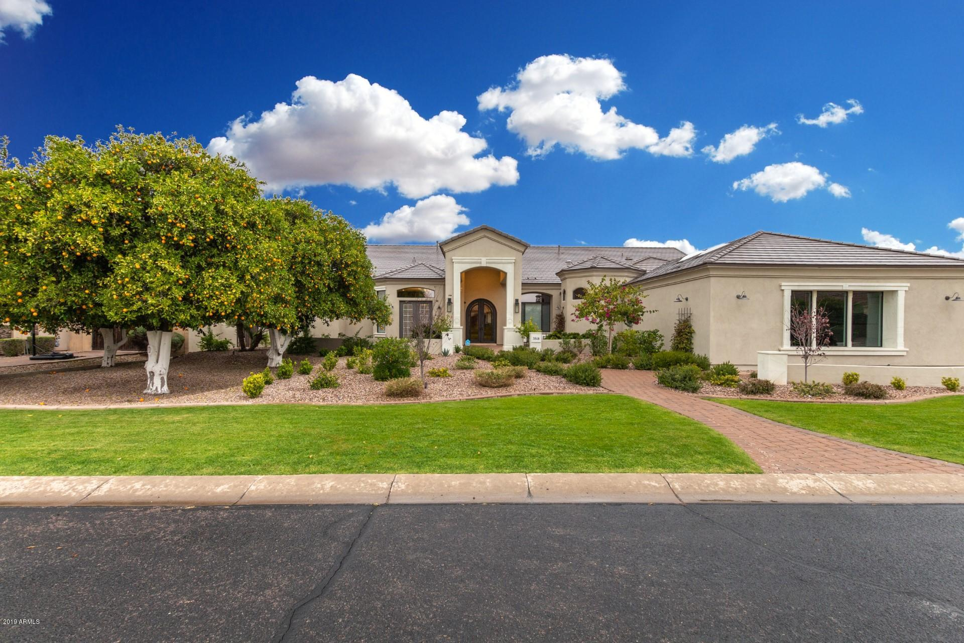 Photo of 3518 E KENWOOD Street, Mesa, AZ 85213