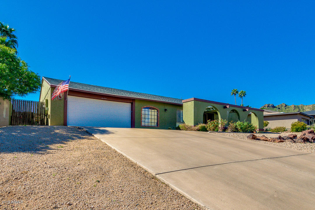 Photo of 2265 E BECKER Lane, Phoenix, AZ 85028