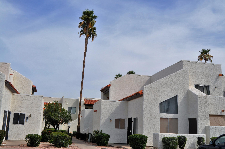 Photo of 4730 W NORTHERN Avenue #2107, Glendale, AZ 85301