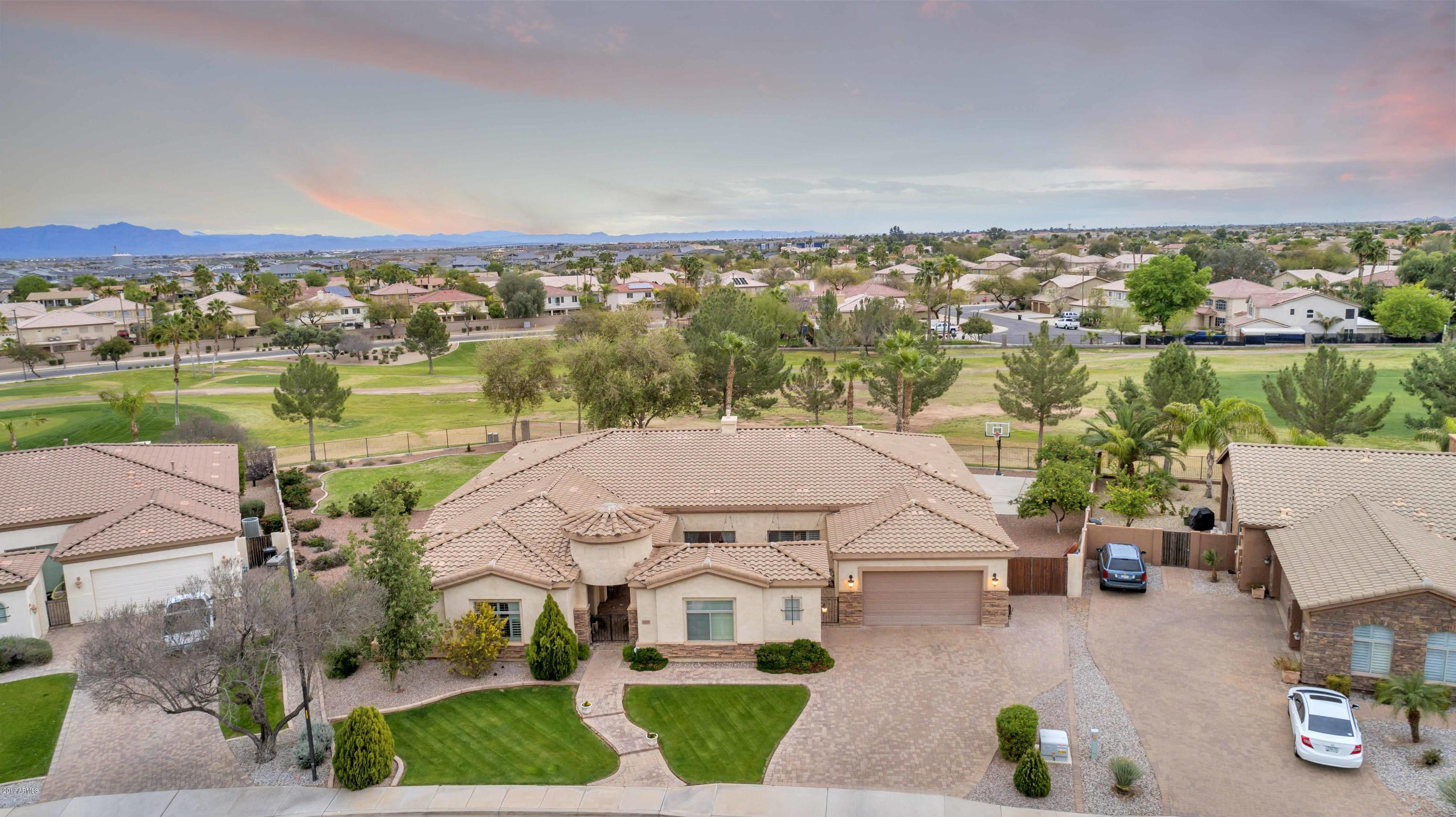 Photo of 663 S PARKCREST Street, Gilbert, AZ 85296
