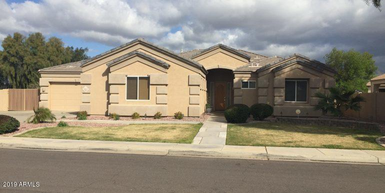 Photo of 3422 E HARVARD Avenue, Gilbert, AZ 85234