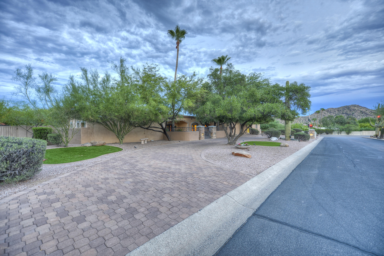Photo of 4744 E FOOTHILL Drive, Paradise Valley, AZ 85253
