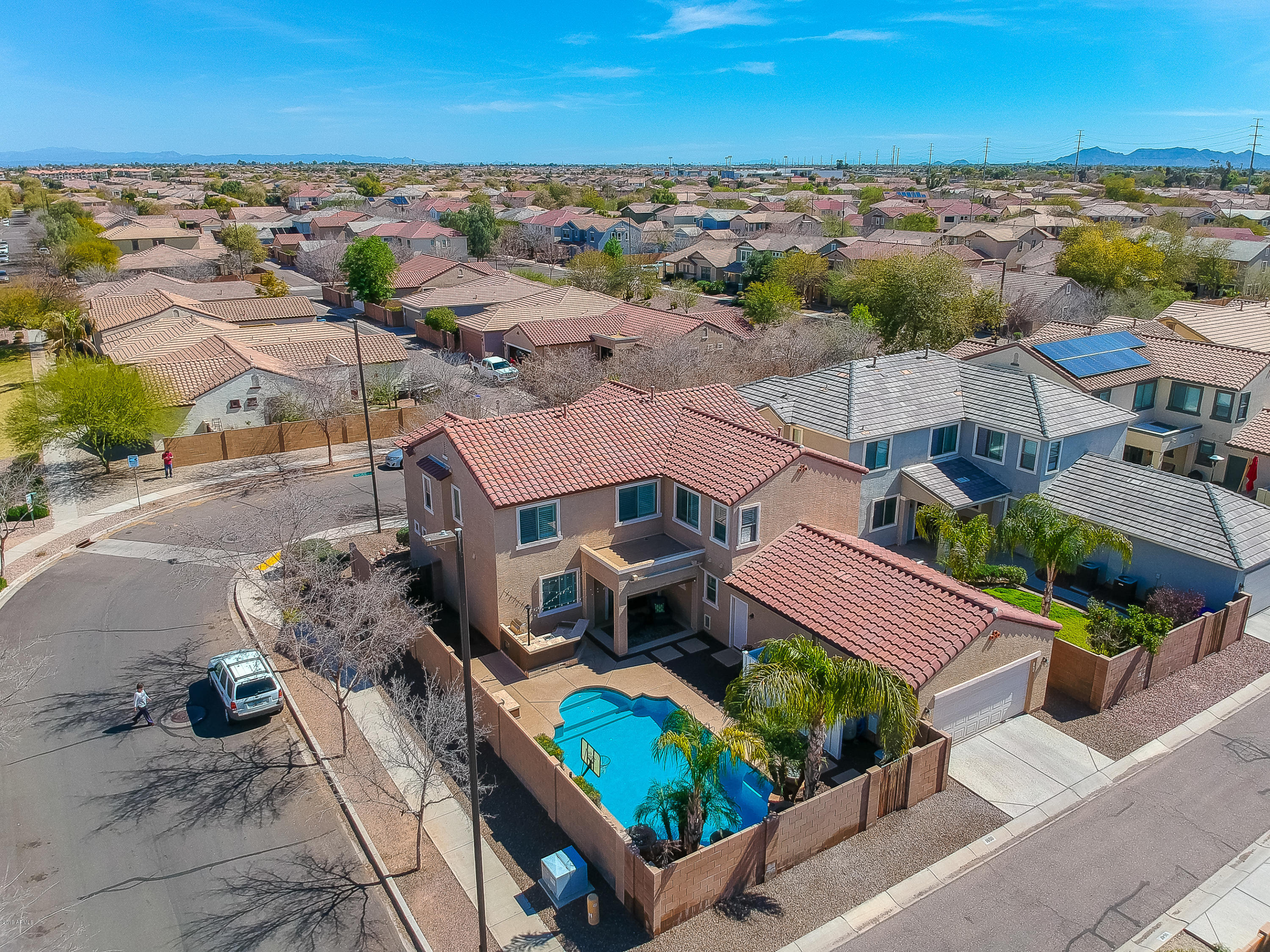 Photo of 1650 S PARKCREST Street, Gilbert, AZ 85295