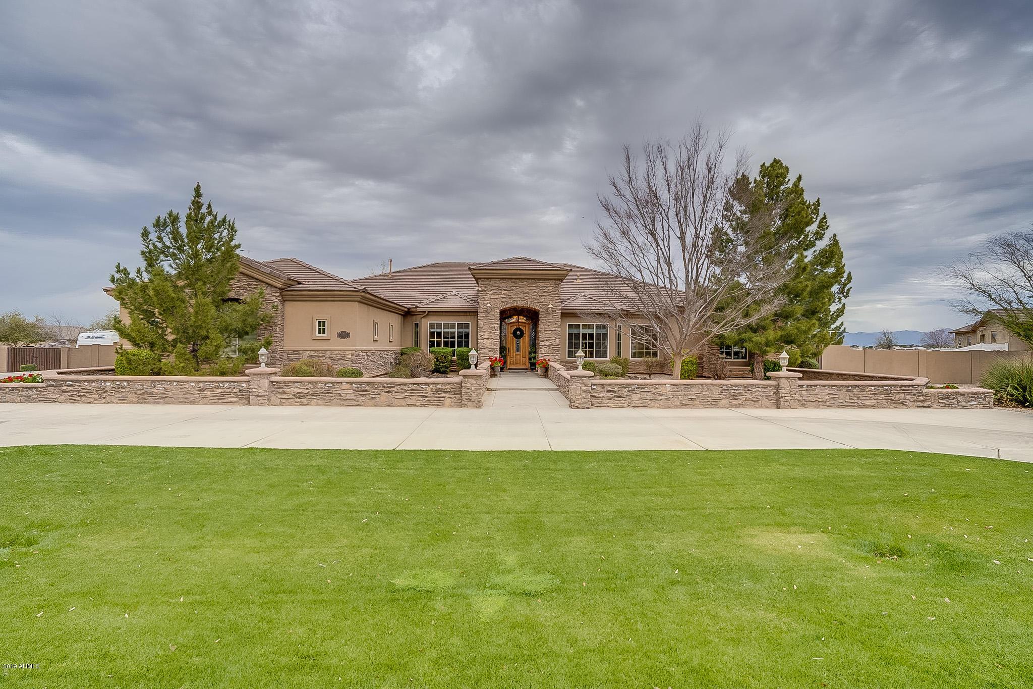 Photo of 21538 E EXCELSIOR Avenue, Queen Creek, AZ 85142