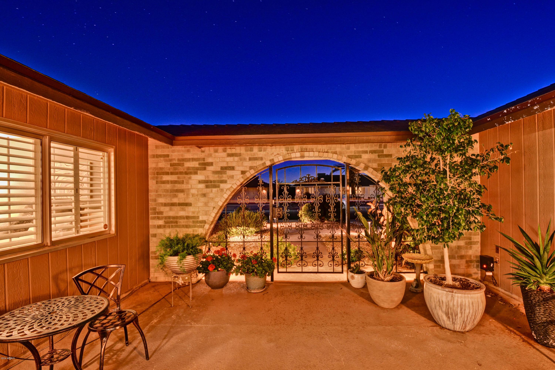 MLS 5896262 9514 W LINDGREN Avenue, Sun City, AZ 85373 Sun City AZ Community Pool