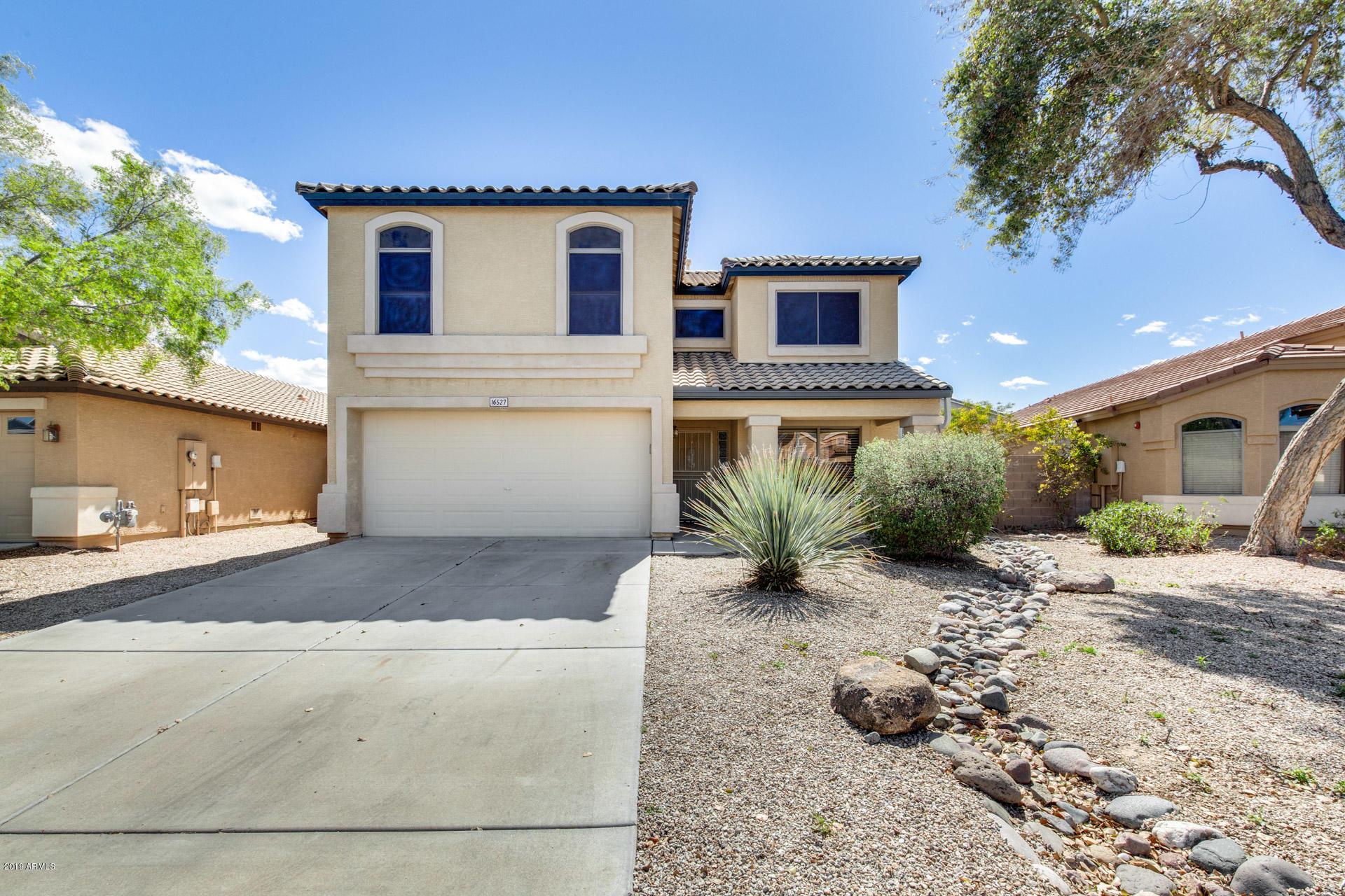 Photo of 16527 W IRONWOOD Street, Surprise, AZ 85388