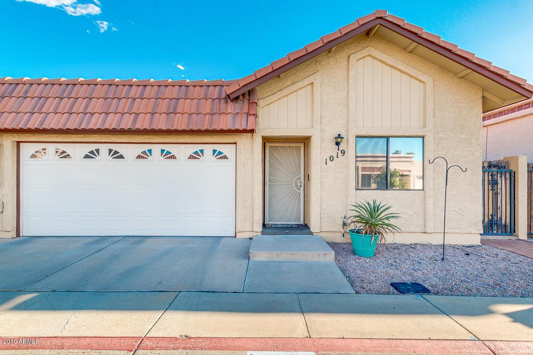 Photo of 1019 E CHARLESTON Avenue, Phoenix, AZ 85022