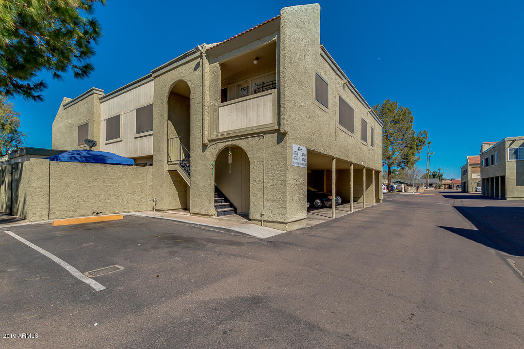 Photo of 4758 W BETHANY HEIGHTS Drive, Glendale, AZ 85301