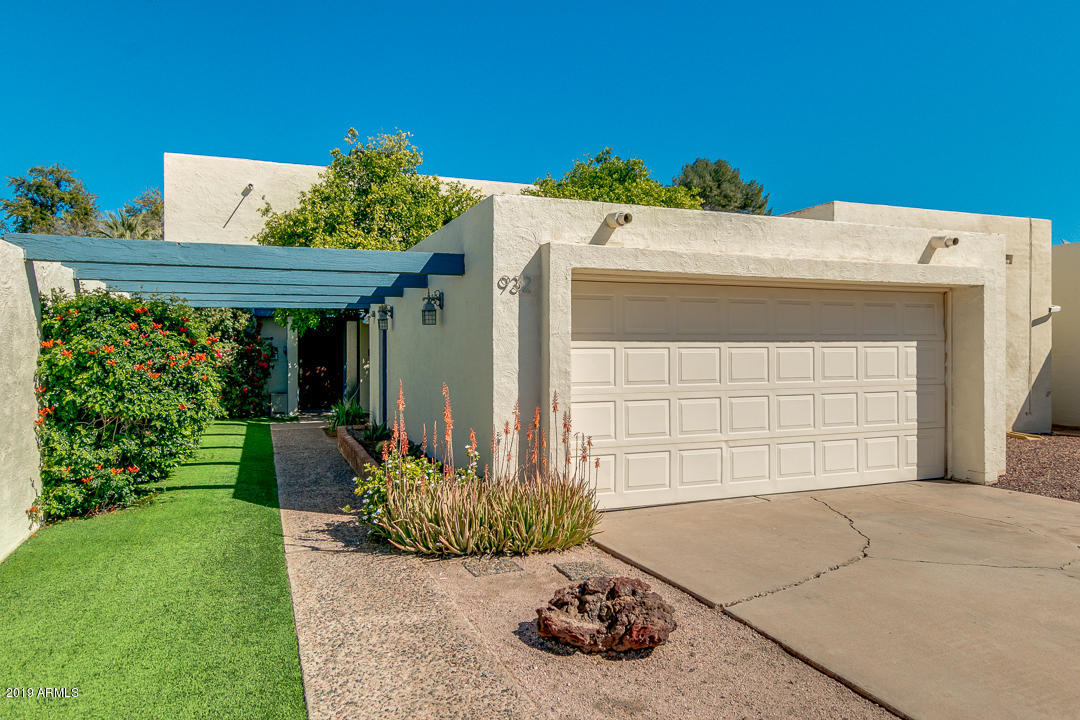 Photo of 932 W OAKLAND Street, Chandler, AZ 85225