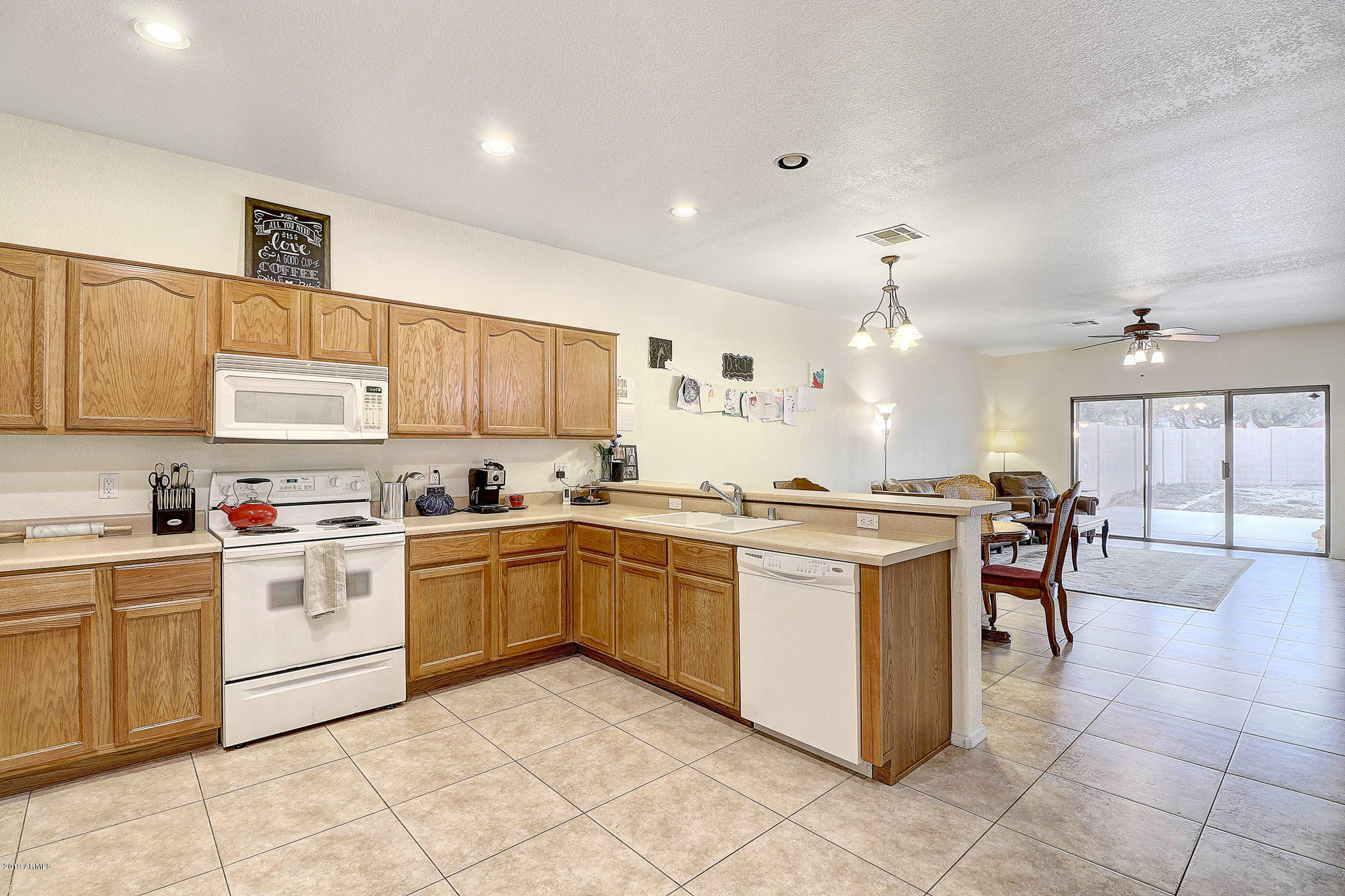 Photo of 730 N TANGERINE Drive, Chandler, AZ 85226