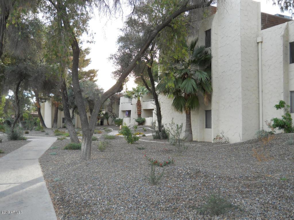 MLS 5899061 8055 E THOMAS Road Unit M302 Building M, Scottsdale, AZ 85251 Scottsdale AZ Golf