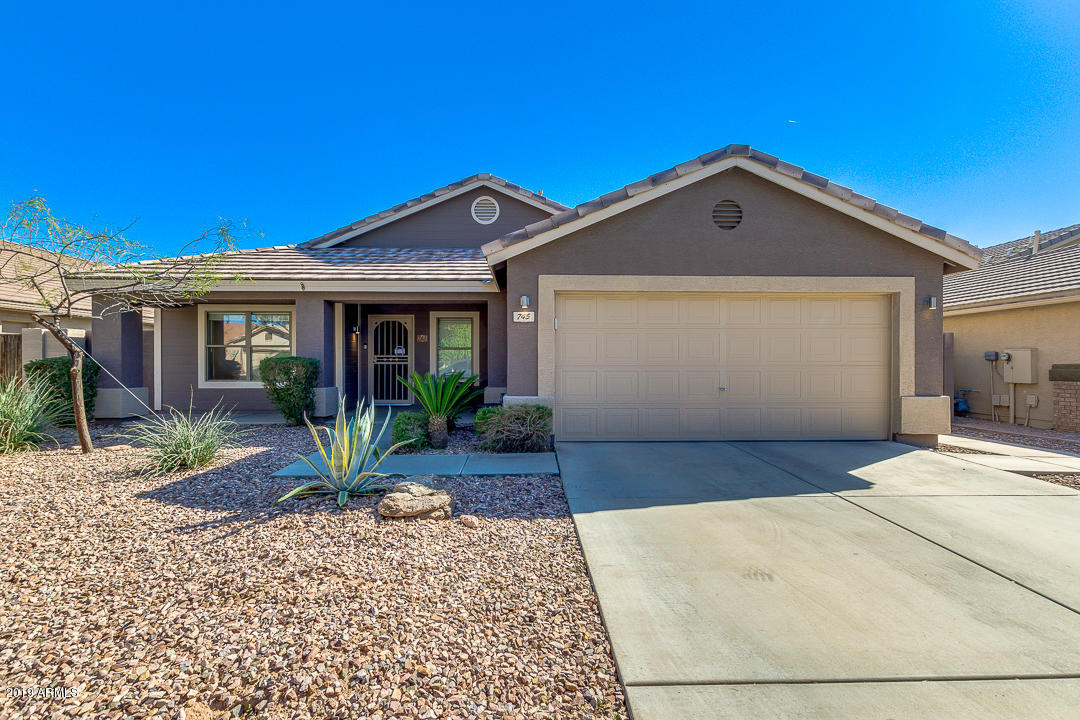 Photo of 745 W HENDERSON Lane, Gilbert, AZ 85233