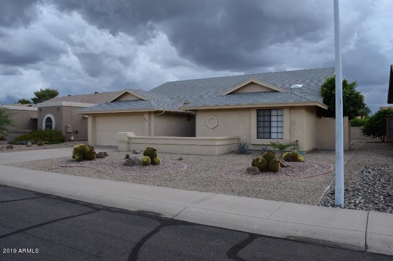 9815 W ROSEMONTE Drive, Peoria, Arizona